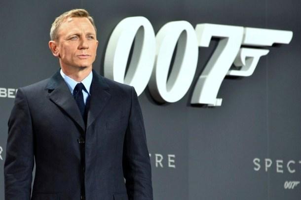 "Daniel_Craig_–_Film_Premiere_""Spectre"".jpg"