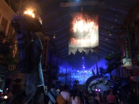 USS Halloween Horror Night #HHN4 Blog Review 018