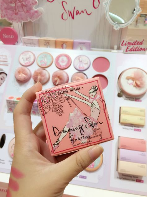 Enabalista Etudehouse Dreaming Swan Limited Edition Collection 008