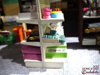 Uber cute miniature models! This is a close up of a model of a retro stationary shop, which did exist til the 90s. ^^