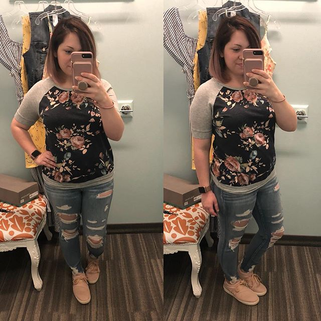 OOTD // I escaped the house for a while last night and went to the mall to check out what's new @mauricesemporia — lots of cute pieces for spring! This top is from @blueporter.boutique last year, high waisted AWESOME jeggings are current from @americaneagle (seriously, love the fit on these), and shoes are Big Buddha from @walmart — super comfy for less than $20