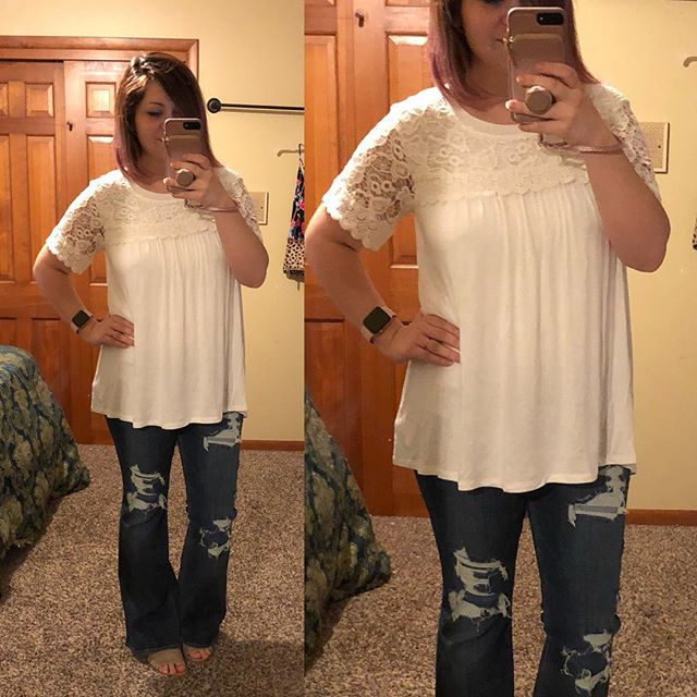 Check out this adorable top from Target that Becca from @clothedingraceblog shared a couple of weeks ago — love it! Perfect for postpartum and nursing too. Annnnnd these American Eagle flares in short length?! Thrifted!! ❤️ I can wear my Blowfish sandals with these