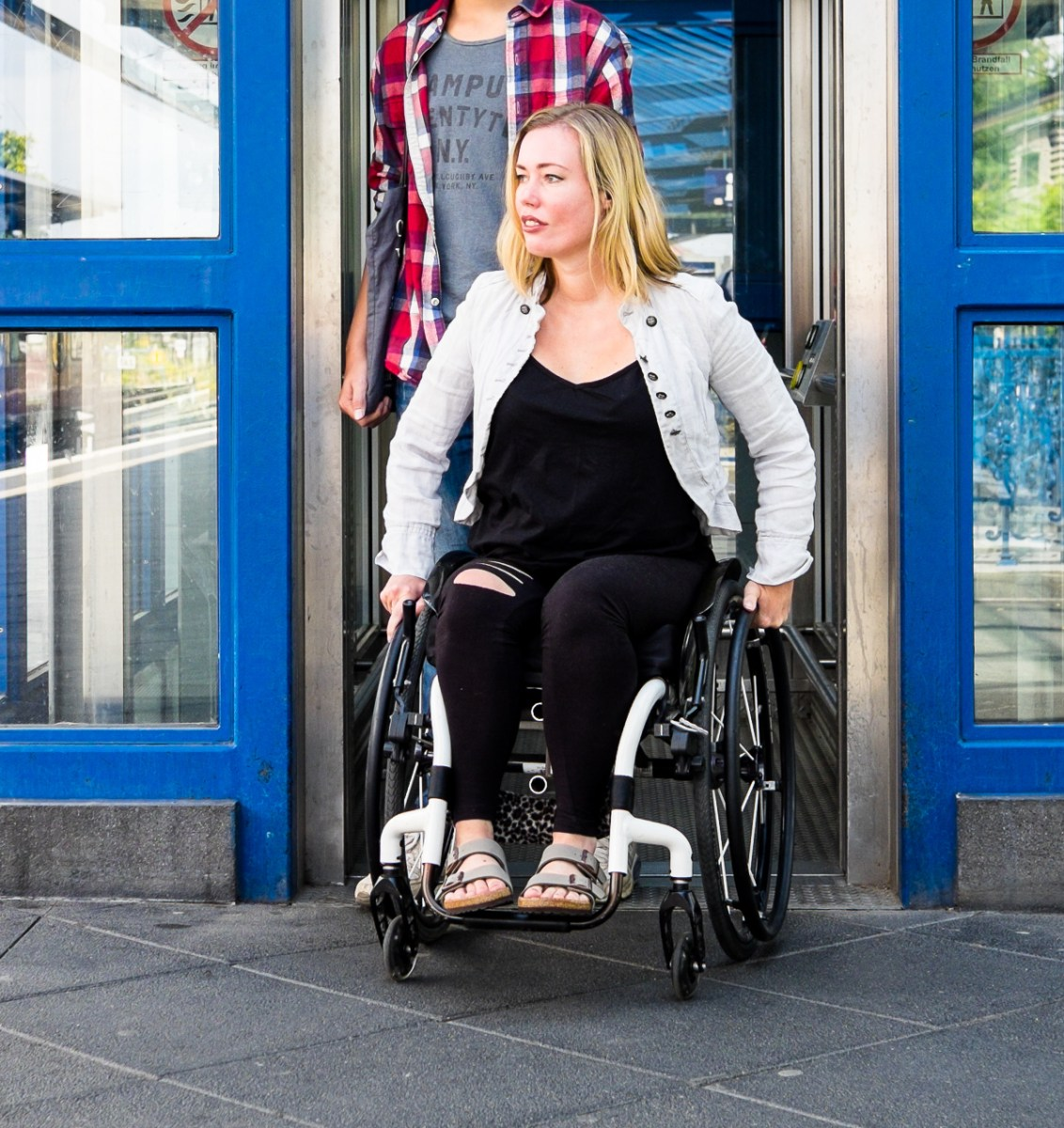 Lisa Parasyn Casting: Seeking Female Wheelchair Performer