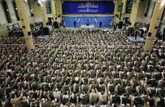 L'Ayatollah Khamenei, le 28 novembre, devant l'assemblée des commandants des Bassijids.
