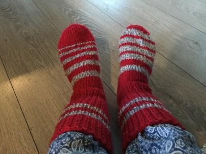 Charmiga sockor på mig.