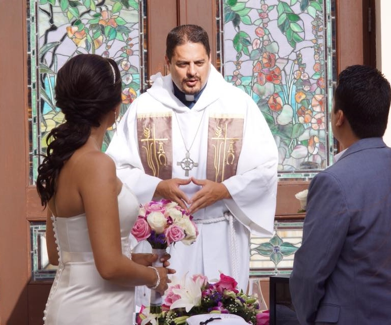 Getting legally married in Puerto Rico