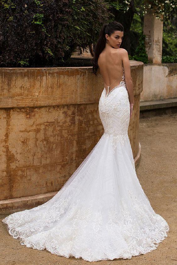 Vestidos de novia con escote en la espalda