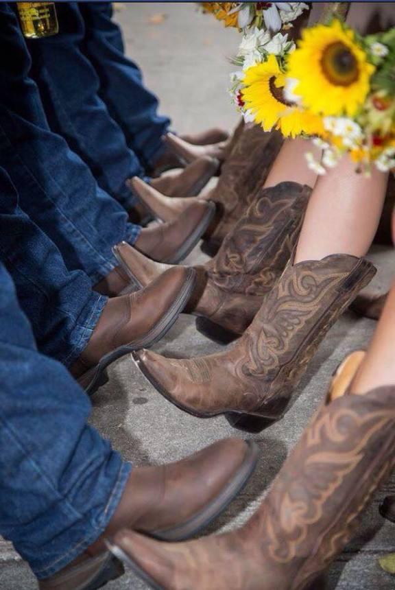 botas para una boda vaquera