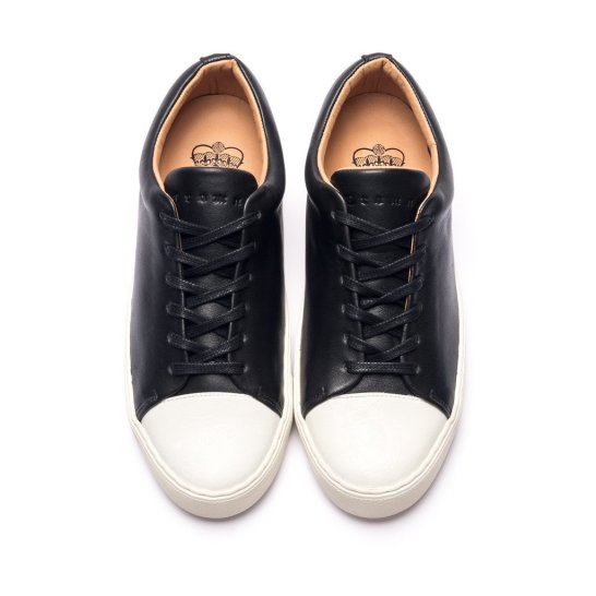 Abington toe cap sneaker black white