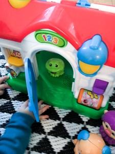 maison de Puppy maison Fisher Price jouet captivant bébé 6 mois