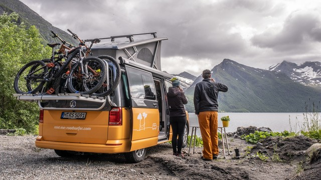 La plataforma de alquiler de campers Roadsurfer estuvo presente en la nueva edición de la feria internacional del turismo FITUR 2021.