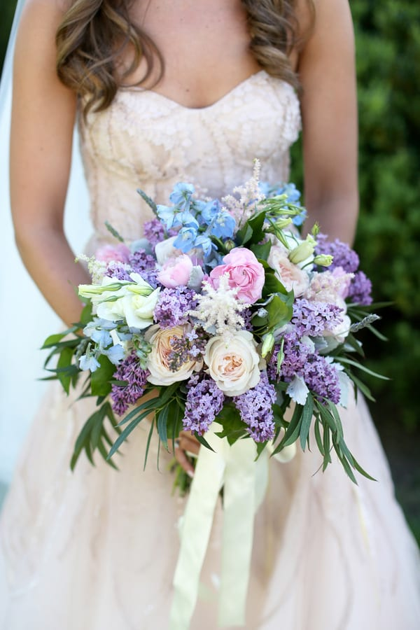 wedding flowers nashville tn enchanted florist pastel wedding at cheekwood 9614