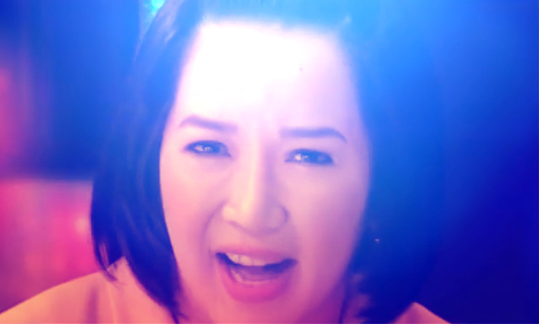 [IMAGE] Kris Aquino, Bimby Still Alive After Car Accident