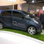 Vista lateral del Peugeot iOn en el salón de Frankfurt