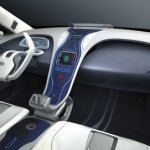 Imagen de la zona del volante y mandos del Hyundai Blue-Will Concept