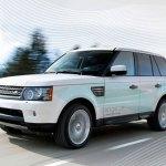 ampliacion del Land Rover Range_e circulando por carretera