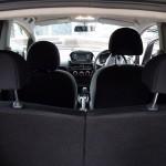 espacio interior del Peugeot iOn
