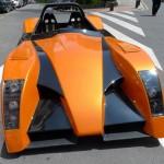 el coche eléctrico Tecnalia Dynacar en una calle