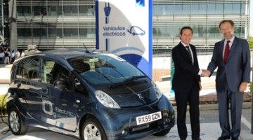 Endesa y Peugeot firman un acuerdo para el desarrollo de la movilidad eléctrica