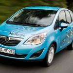 imagen frontal del Opel Meriva eléctrico