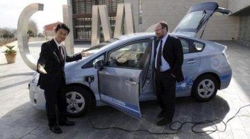 imágen del momento de presentación del plan de impulso a los vehículos eléctricos en Menorca