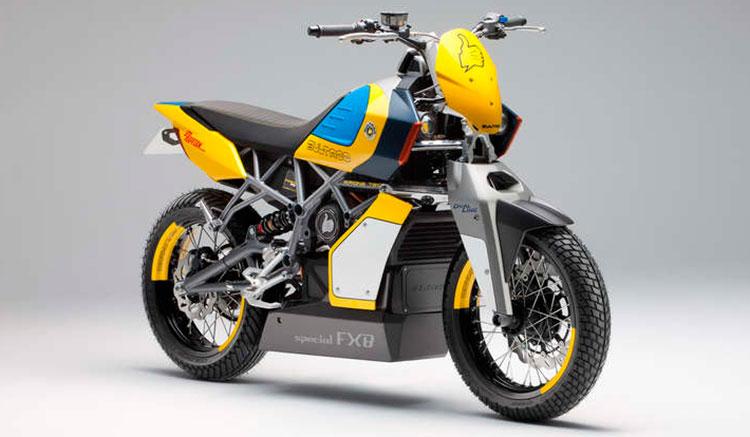 Imagen donde podemos ver el curioso frontal de la moto eléctrico de Bultaco, la Rapitán Sport.