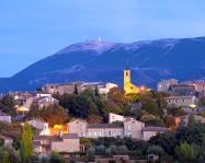 Visan et le Mont Ventoux