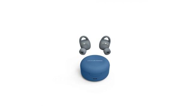 Auriculares Sport 6 con su caja de carga.