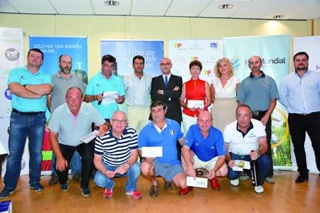 Foto de familia dos gañadores do OCA Maragogi TAP Portugal, celebrado nas instalación de golf de Augas Santas do 24 ó 26 de xullo. (Foto cedida).