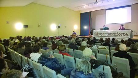 A Casa da Cultura acolleu a celebración da II Asamblea de Espertamonforte!, o pasado 31 de xaneiro. (Foto cedida).