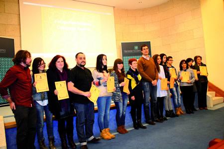 Foto de familia dos premiados e finalistas da campaña de ADEGA por unha ordenación sostible do terrirorio. GPVDL.