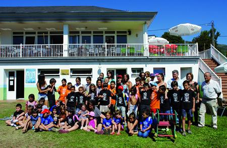 Imaxe de arquivo dos participantes nunha edición dos Campamentos de Verán de Quiroga. Arquivo EC.