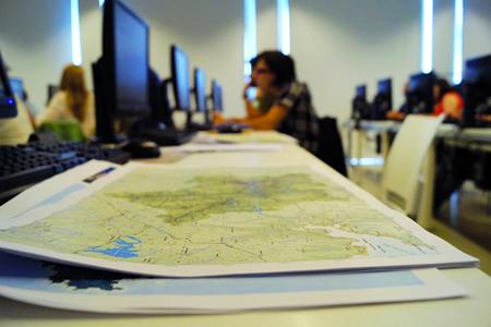 Estanse a organizar 11 talleres en cada unha das grandes áreas paisaxísticas de Galicia, para implicar a expertos, administracións e cidadanía na elaboración do documento final. CMATI