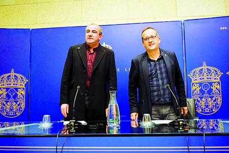 O presidente da Deputación de Lugo, o socialista Darío Campos, e o vicepresidente da institución provincial, o nacionalista Antonio Veiga, ao comezo da rolda de prensa na que deron a coñecer a composición do novo Goberno provincial, o pasado 26 de outubro. GPDL.