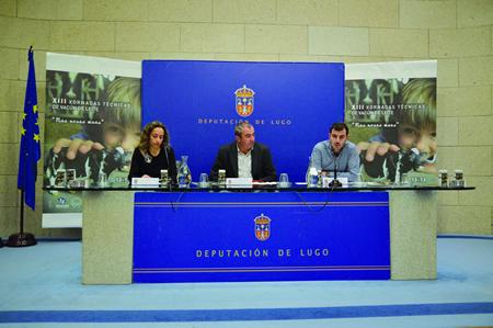 A presidenta de Seragro, Noelia García Santoalla; o presidente da Deputación de Lugo, Darío Campos Conde; e un dos coordenadores das xornadas, Martín López López, na presentación das Xornadas o pasado día 4. GPDL
