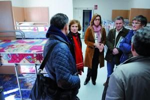 Nava Castro e Raquel Arias supervisaron os resultados das melloras no albergue público de Ferreiros, en Paradela, o pasado 4 de febreiro. GPXG.