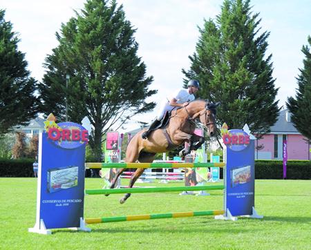 Máis de 200 cabalos están inscritos no Concurso Nacional Hípico de Sarria, que se celebrará os días 8, 9 e 10 de xullo. Arquivo EC.