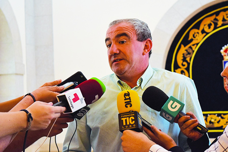 O presidente da Deputación de Lugo, Darío Campos Conde, logo da reunión mantida cos representantes dos 8 concellos lucenses con GES. GPDL