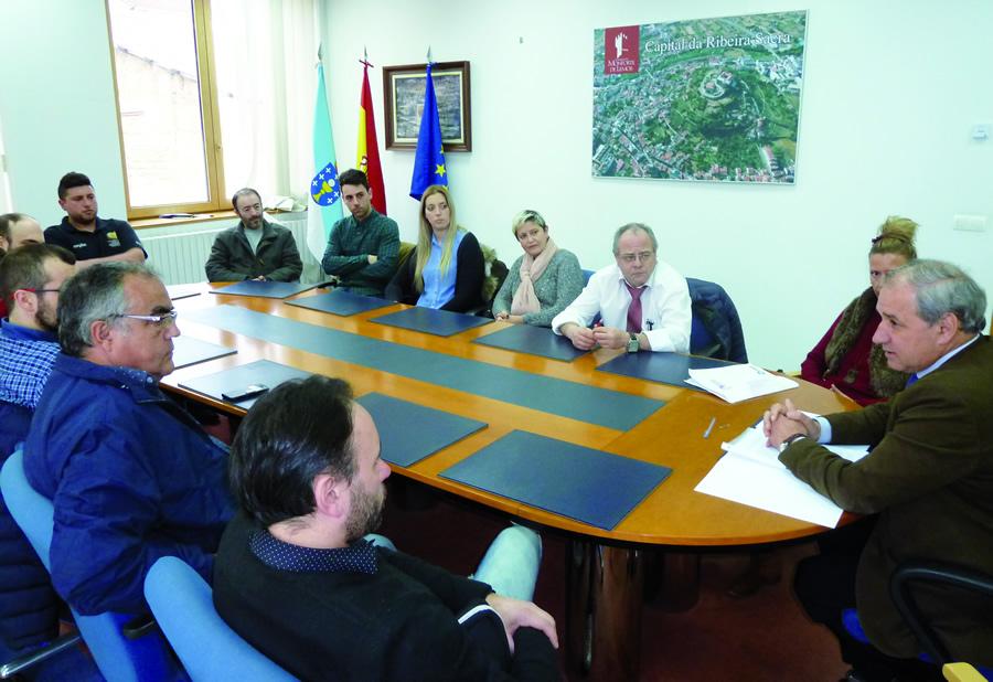 Reunión do alcalde de Monforte cos hostaleiros da cidade, o pasado 2 de marzo. GPCM