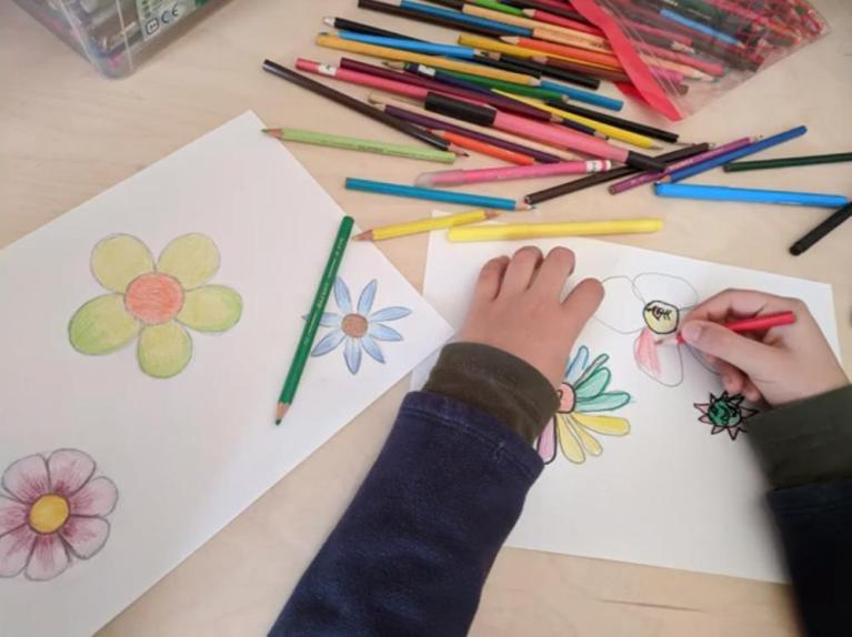 L'Escola d'Art i Disseny ofereix vídeos de manualitats per infants i joves per fer a casa