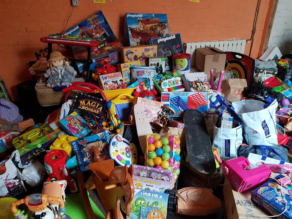 Campanya de recollida de joguines 'Encara poden donar molt de joc'