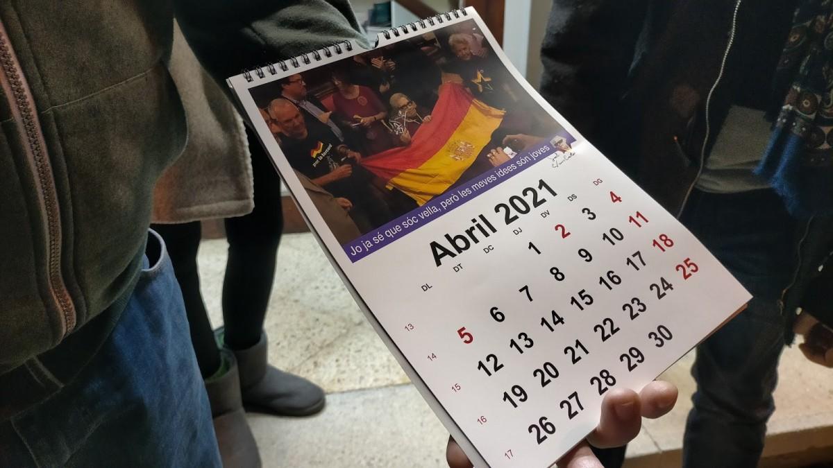 La Sala Neus Català edita un calendari per col·laborar amb la recuperació de la memòria històrica