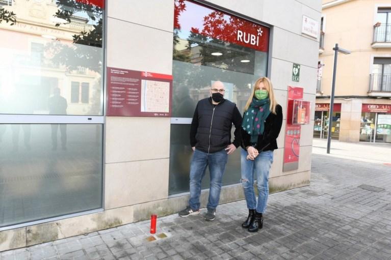 L'Ajuntament reforça el vessant pedagògic de les «Stolpersteine» amb l'organització de visites guiades