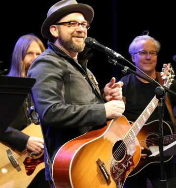 "Kristian Bush performs ""Troubadour"" songs at a preview concert. Photo: Greg Mooney"