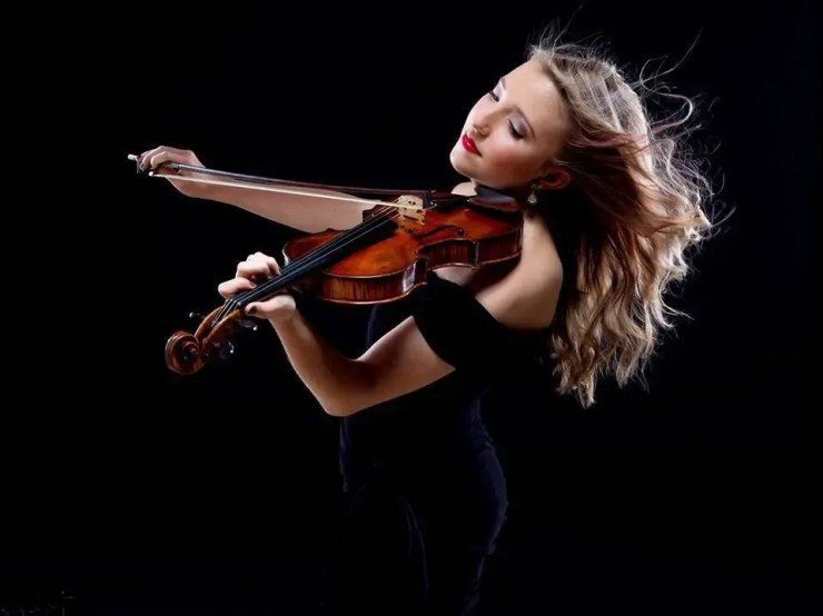 Violinist Booking Guide – 2019 Prices, Hiring Advice and