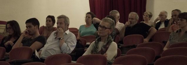 El público en un momento del coloquio con Ángel Santos, moderado por Dailo Barco Machado.