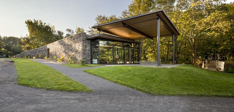 Visitor Center for Seigneurie-des-Aulnaies / Anne Carrier architecture, © Stéphane Groleau