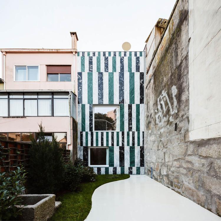 House In Rua do Paraíso / fala atelier, © Ricardo Loureiro