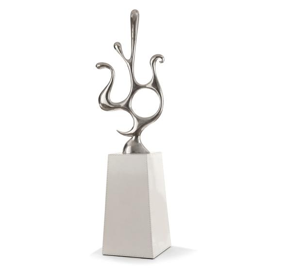 Colonne surélevée d'un trophée by Pucci de Rossi
