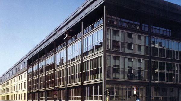 Corriere della Sera newspaper building designed by Alberto Rosselli